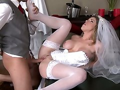 Horny blonde bride Kayla Paige leans over for her hubby