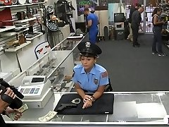 Ms police officer pawns her coochie and humped by pawnkeeper