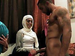 arab tinédzser lovaglás bbc
