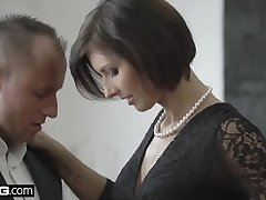 Glamkore - Jenifer Jane sensual striptease & buttfuck pounding