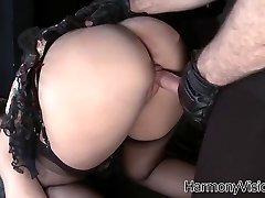 Pounding pissing Paige