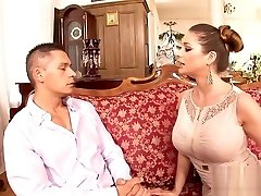 Cathy Heaven Gets Her Rosy Gash Plowed