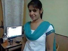 subir telefónica caliente chica tamil