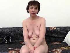 Sofía en los Aficionados de la Película - AuntJudys
