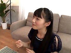 blyg asiatiska äter massor av cum