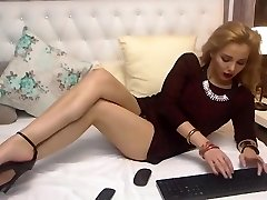 Anna showcasing her perfect feet and soles - high heels