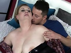 Hot milf sex and pop-shot