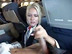 Flight_Stewardess_In_Flight_Services