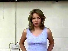 Μια γυναίκα τιμωρήθηκε σκληρά