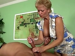 Granny Tracy dicksucking and handjob