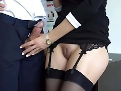 Impressive hand job from a sexy girl in stockings