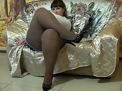 Sumptuous BBW In Pantyhose