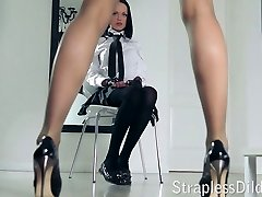 A long legged professor gets feeldoe pummeling