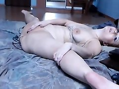Flexible red-haired beauty is delighted to use some nasty