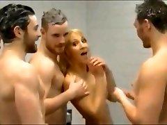 Girls In Showers/Lockerooms With Men