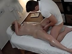 Hot Teenager Pounded During Massage HER SNAPCHAT - MIAXXSE