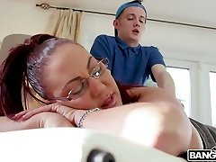 Killing molten milf Emma Butt enjoys face sitting and banging young massagist