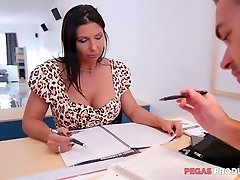Lewd hefty racked slut Missy Gold wanna be pulverized hard on the table