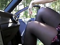 Truck dick flasher gets lucky