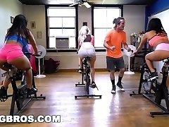 BANGBROS - Curvaceous Latina Rose Monroe Torn Up in Flip Class by Brick Danger