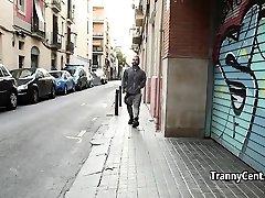 Mature tranny fucks tattooed dwarf