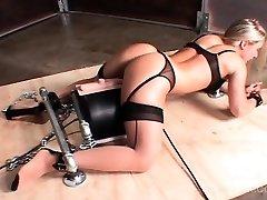 Machine poked hot sex gimp cumming hard
