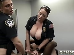 Leahs hairy wet cougar boink and fake cop cum in pussy sizzling uk