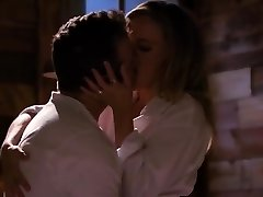 Mona Wales has a romantic love session with her fantastic fellow