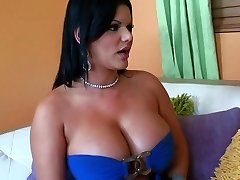 Thick Latina Chick Swallows Cum