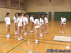 Super hot Japanese girls flashing part1