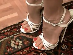 foarte sexy, pantofi cu toc alb --- sexys tacones blancos