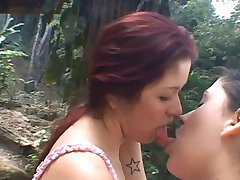 Tatthy and Miriam kissing