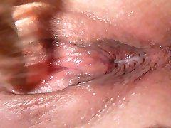 lick Eva till she cums