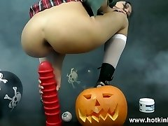 Hotkinkyjo- Vampire Ladies Love Anal Toys And