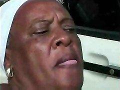 Grandma Ebony 68 y Old fuckin young bbc
