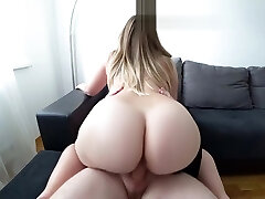 A young lady with a big ass fucks after a bathroom