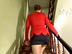 Big-chested German girl gangbanged for paints