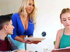 Mom blows daughters beau while studying