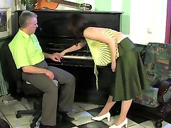 Piano teacher giving Teen her FUCKING Piano lesions