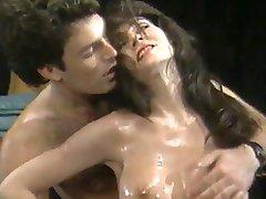 Busty Rokoborba Bejbe (1986)