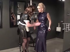 Madame C electrifies Angelica's pussy