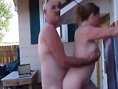 私のボスFucks妻の屋外スパ