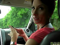 Milf Hunter - Hot mom needs a ride