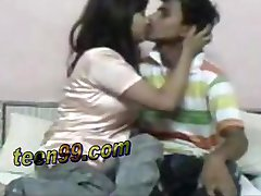 Clever indian girl is very excited to have sex with a dumb boy - teen99