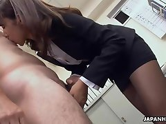 Asian sexy babe blowjob her boss off for her job