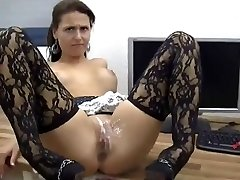 Wonderful Babe Gets Anal And Pussy Frosted In Jizz !