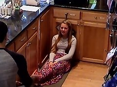 Hidden Cam College Teen Cashier Girls Feet Gams