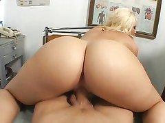 Kurwa cholernie sexy pacjenta