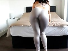 Big Ass Girl Spandex Ass Cumshot Big Booty Tease Leggings