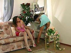 lesbiene analsex femeia patrunde barbatul